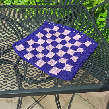 Draughts and noughts and crosses game bag